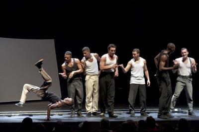 """I """"POCKEMON CREW DANCE"""" FANNO BALLARE IL PUBBLICO DEL TEATRO RISTORI"""